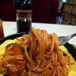 ソロモン - 2014.02 麺リフト、、麺の後ろにはウスターソース