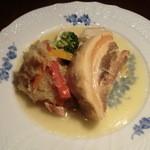 てんしん堂 - シュークルート(キャベツの酢漬けとン豚バラの煮込み)¥1,380(フランスアルザス地方の郷土料理。白のアルザスワインとの相性バッチリです!)