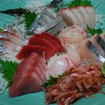 魚康 - 超豪華なお刺身盛合せ