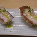 玉造 すし富 - タコ(オリーブオイル)