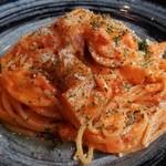 24127030 - ベーコンと旬菜のトマトクリームパスタ