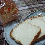 ベイクショップ カーメル - 湯だね食パン 240円