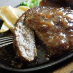 ステーキのどん - どんハンバーグ断面