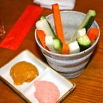 居酒屋まんま - 野菜スティック 460円 明太子マヨソースに漬けて旨い。