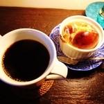 キジトラ珈琲舎 - コーヒーと焼きりんご