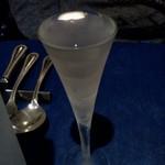 レストラン ストックホルム - でも凍っていません