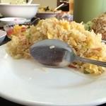 24144464 - 炒飯定食の炒飯の断面