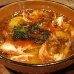 イタリアン&肉バル 北の国バル - 頭付き海老アヒージョ
