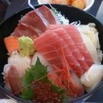 だいすけ - 7種の海鮮丼
