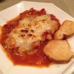 カイピリーニャ - 豚ロースのトマトソースチーズ焼き