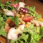 カッチャル バッチャル - 蛸とひよこ豆のサラダ