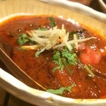 カッチャル バッチャル - 赤い海老のカレー