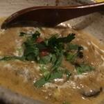 カッチャル バッチャル - 白い牡蠣のカレー
