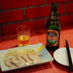 味蔵 - 叉焼と青島ビール
