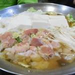 藪伊豆 - 寄せ鍋風肉豆腐