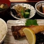 まんじ - ぶり塩焼き 2014.2