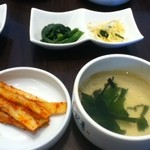 パプサン - ナムルとキムチ、スープ