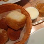 24152907 - 【パン】