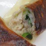 華丸 - みっちり詰まった餡がお気に入りの「餃子」。