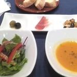 24161393 - サラダ・スープ・前菜3種盛り合わせ(ランチ)