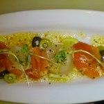 エトワールキッチン - ホタテとサーモンのカルパッチョ