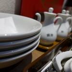 24166869 - 本格的な中華料理屋の設えです。