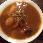 印度家 - 野菜カレー(甘口) ジャガイモ、ニンジン、ブロッコリーなど