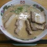 博多金龍 - 「肉盛りラーメン」(590円)