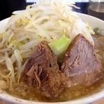 肉汁らーめん 公 - らーめん(中) 野菜、油増し  750円