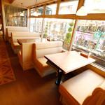 TAK CAFE - 新大久保を眺めながらのランチは最高ですよ♪