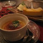 パラダイス食堂 - ブリュレとマンゴーケーキ