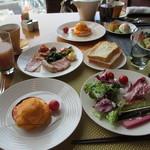 マンダリンオリエンタル 東京 - 朝食全体像