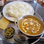 インド・ネパール料理 スナオール - 料理写真:Bランチ・じゃがいも&ナスカレーのセット☆