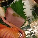 Fukuwauchi - 赤貝、ブリ、アオリイカ