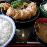 24191785 - 鉄平とんかつライス汁サラダ