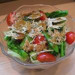 わだ津 - たたみいわしと野菜サラダ