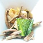 過門香 - 小鉢:ザーサイと山菜和え