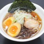 竹岡屋 - あっさり醤油味玉ラーメン 600円