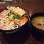 2420711 - 炙り三色丼