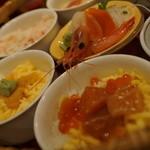 ユック - 3色丼と刺身