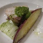 キャトルラパン 神戸三宮 - 天然鰤のポワレ さつまいもと白菜のグリル添えて(2014,01)