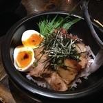 草花木果 - ラフティー丼