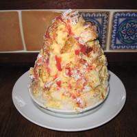 セバスチャン - 濃厚バニラといちごのミルフィーユ仕立て(かき氷)