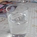 行楽花 - シンプルなお水