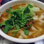 刀削麺酒家 - 「坦坦刀削麺」750円也。