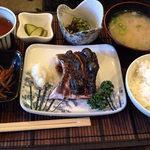 創作料理 花しば - 天然ツバス 粕漬け(@900円)。ご飯とお味噌汁はお代わりできました