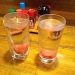 寿海 - 焼酎お湯割りの梅入り