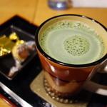 玉露園喫茶室 - 抹茶ミルク