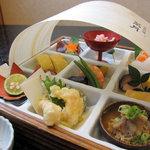 2424923 - 四季遊膳 3,150円(旬菜盛合わせ)