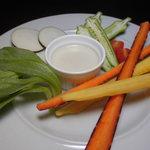 鉄板焼 ろじ - 彩り野菜のバーニャカウダ 700円